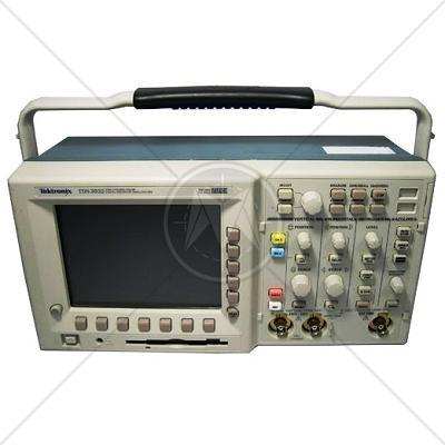 Tektronix TDS3032B 2 Channel 300 MHz Digital Oscilloscope 2.5 GSa/s