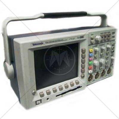 Tektronix TDS3034B 4 Channel 300 MHz Digital Oscilloscope 2.5 GSa/s